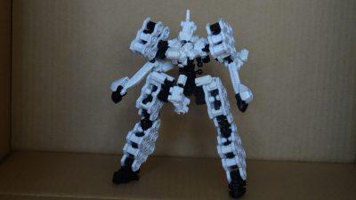 軽装二脚人型兵器試機