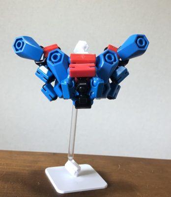 4形態変形ロボ