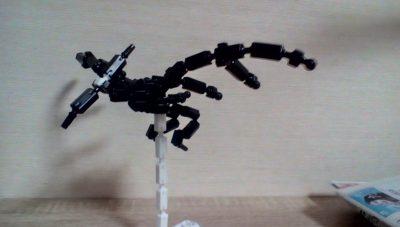 武装恐竜兵器 レイヴン