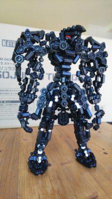 武者(?)型ロボ