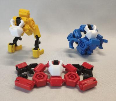 3体のマシンが例のアレ風に変形合体するロボ